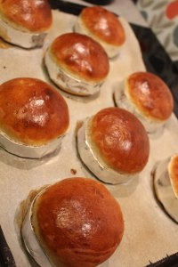 how-to-brioche-burger-buns-26