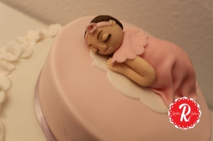 baby-shower-ruffle-cake-2