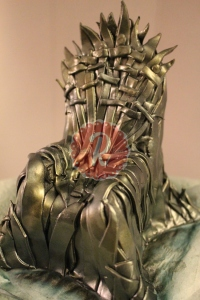 iron-throne-cake-cover