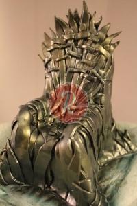 iron-throne-cake-cover